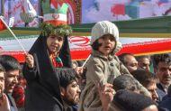 حضور نسل نوپای انقلاب در راهپیمایی ۲۲ بهمن میبد